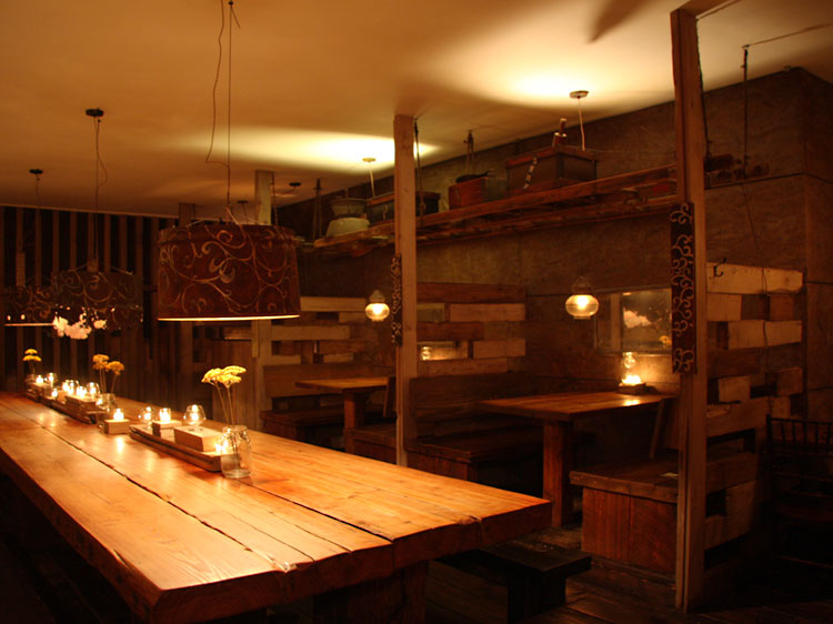 Candles on Tables at Samurai Mama, Japanese Izakaya style restaurant in Brooklyn