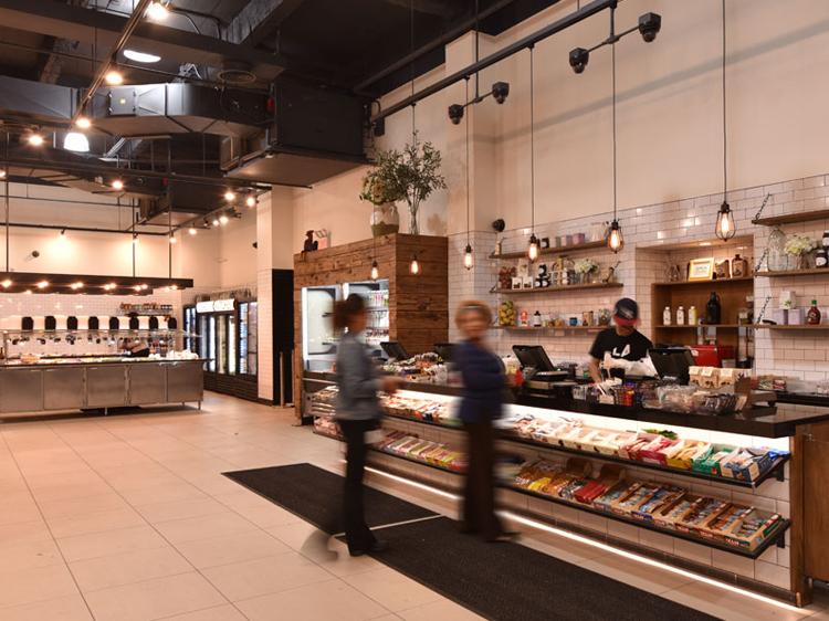 Open Kitchen 123 William cashier
